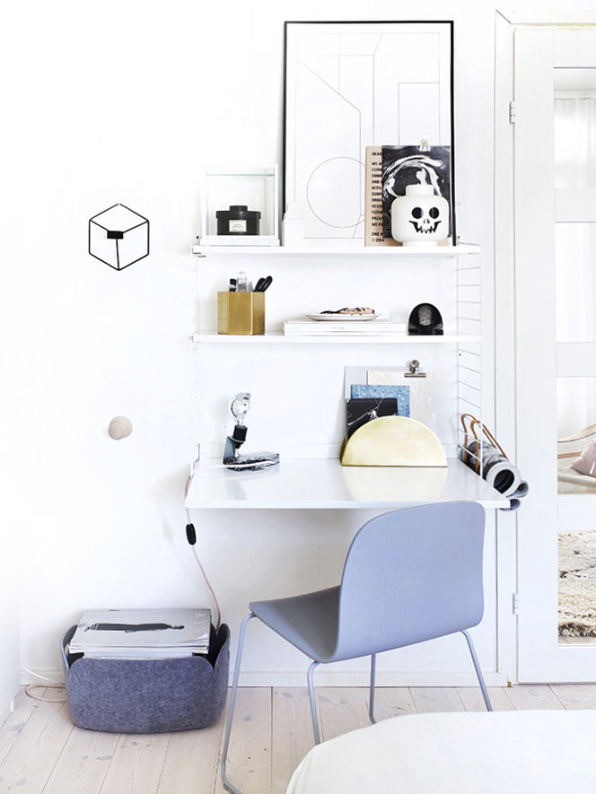 Home Office e Cadeira Azul