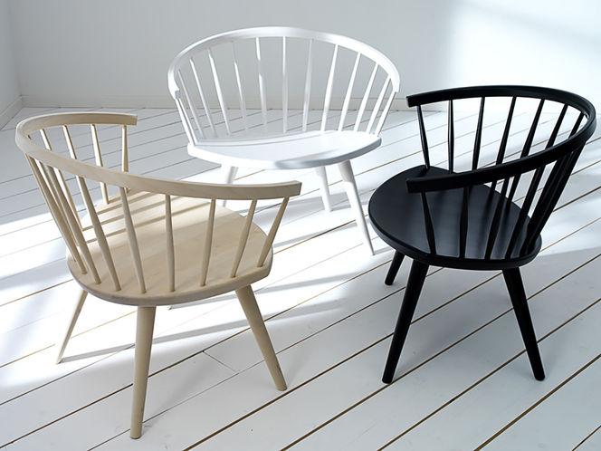 Cadeiras de Madeira com Encosto Arredondado